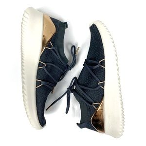 Adidas Cloudfoam Ultimotion Sneaker